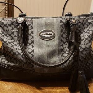 Coach shoulder bag- Authentic